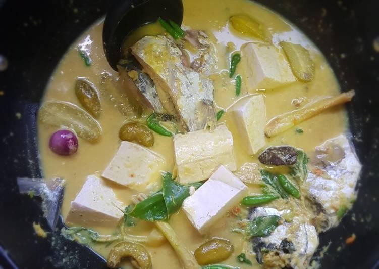 Cara membuat Gulai kuning ikan laut khas minang enak