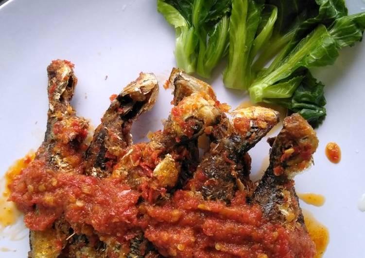 Resep: Sambel ikan laut goreng enak