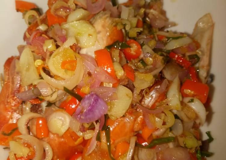 Resep: Udang galah goreng sambal matah