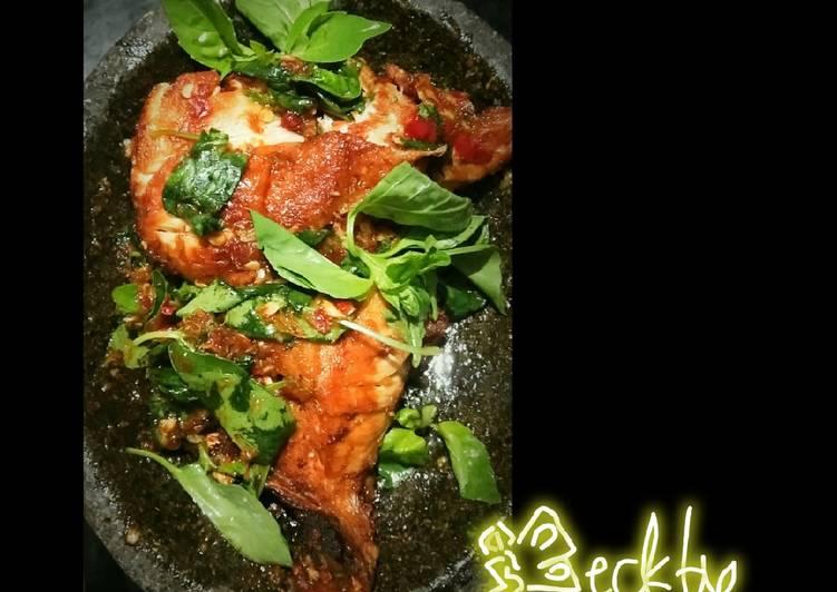 Resep: Ayam penyet bumbu bali (modif)
