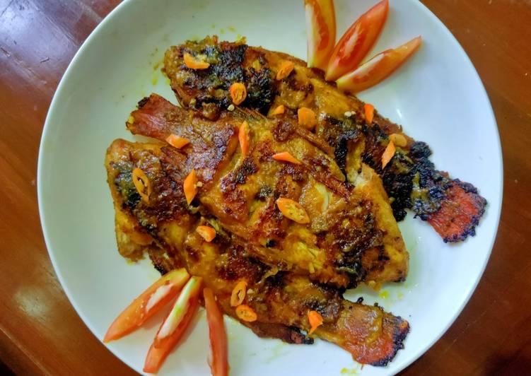 Resep: Ikan Bakar Jimbaran tapi Rumahan🤣 (gapunya grill pan, cek!!!)