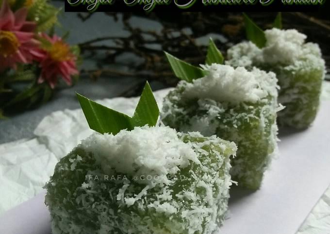 Resep Ongol-Ongol Hunkwee Pandan, dengan sari daun pandan asli