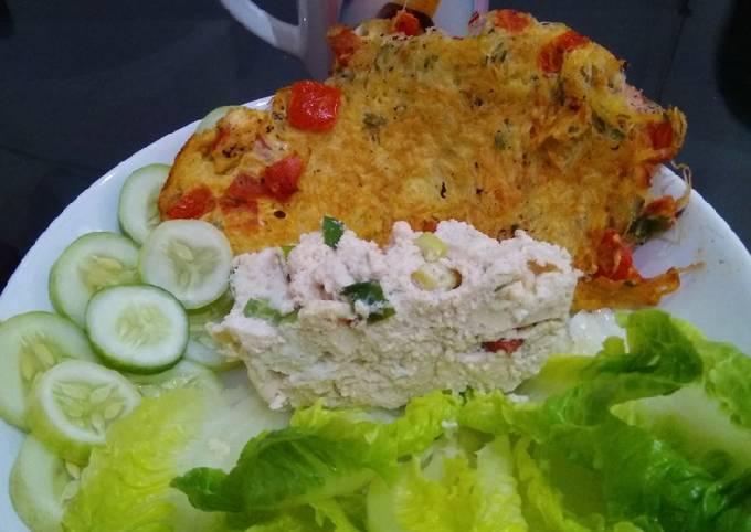 Resep Omlete bihun,tahu kukus,letuce dan timun(makan siang)