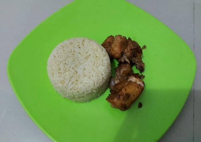 Ayam rebus (Pekcamkee) dan Nasi hainam ricecooker