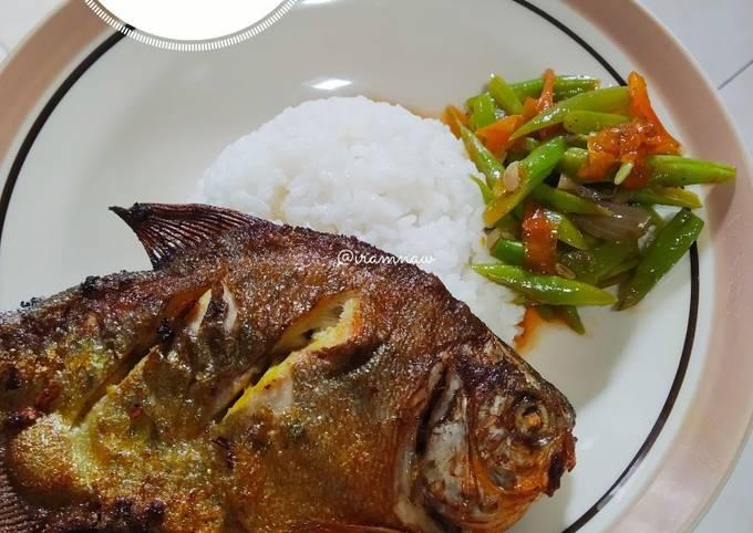 Resep Bawal goreng + tumis buncis