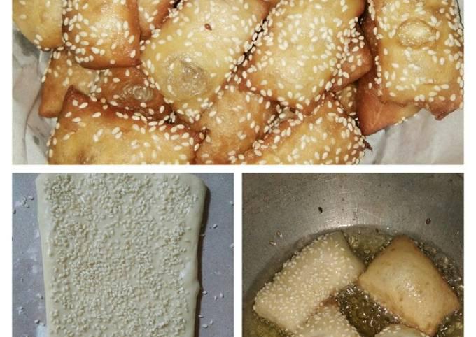 Resep: Kue Bantal aka Bolang Baling (roti goreng)