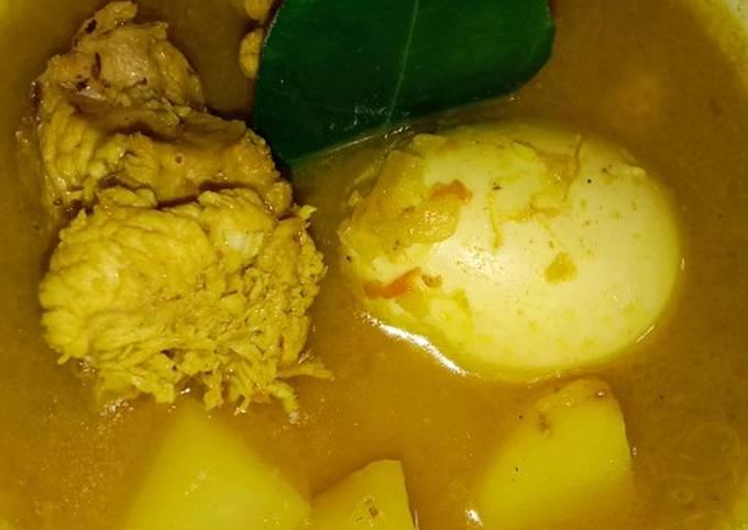 Resep Opor ayam, kentang dan telor