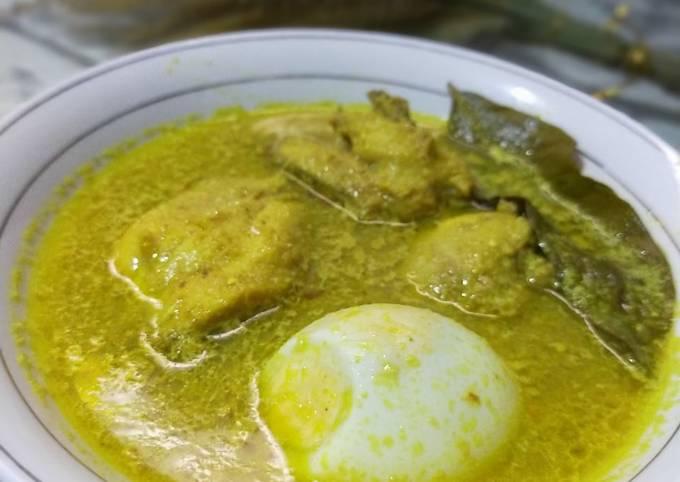 Resep: Opor ayam bumbu kuning