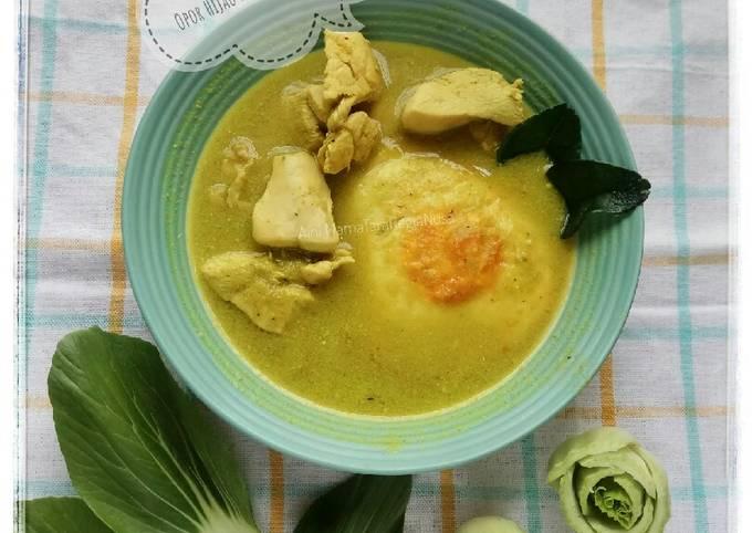 Resep: Opor Hijau Ayam & Telur Ceplok