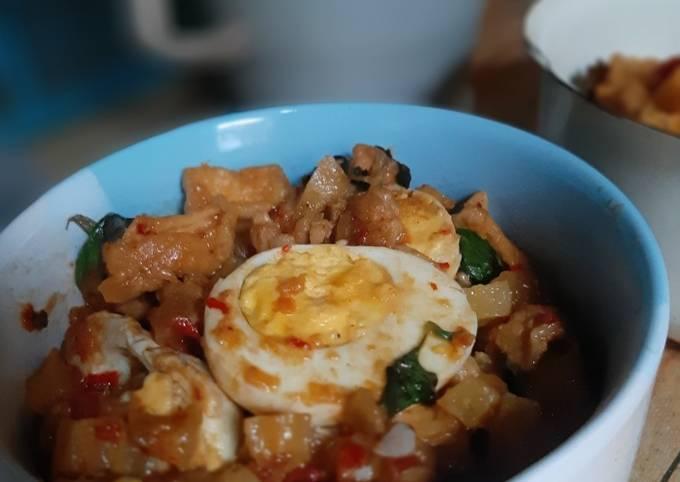 Resep: Sambal goreng kemangi(tahu,telor,kentang)