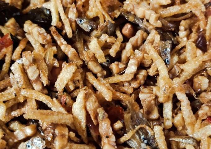 Resep Sambal goreng TKTP (tempe Kentang Teri Peanut)