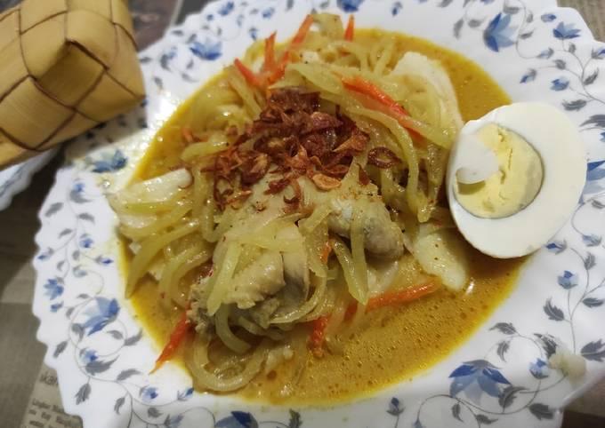 Resep Ketupat sayur sayap ayam