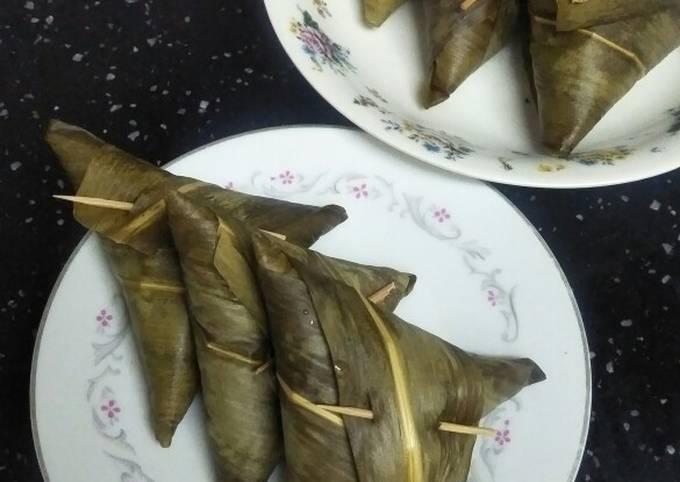 Resep: Kupat sumpil daun bambu, irit gas