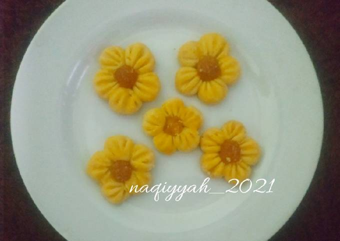 Resep: 216. Nastar NCC teflon bentuk bunga
