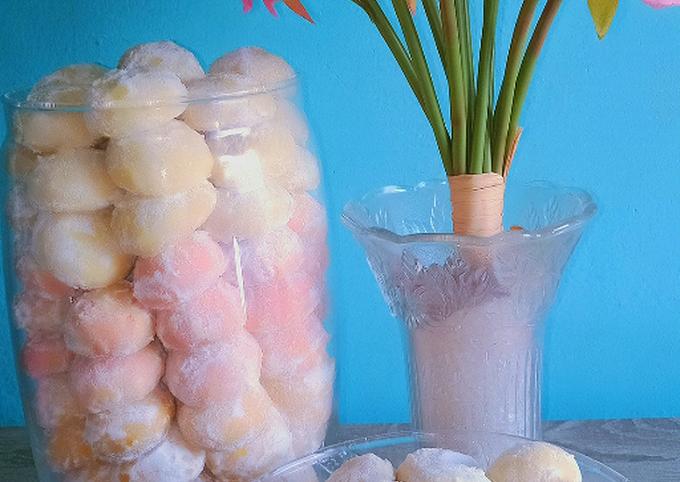 Resep: Putri Salju Warna Warni (kue kering 3 bahan)
