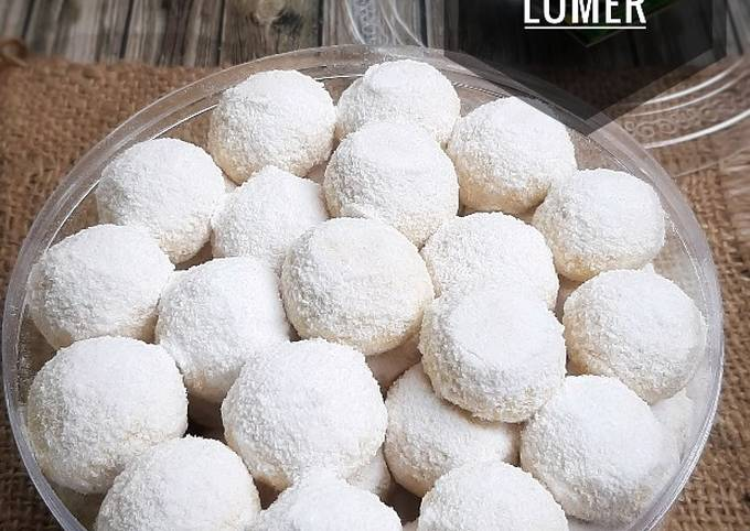 145. Cheesy Snow Ball Lumer (putri salju lumer)