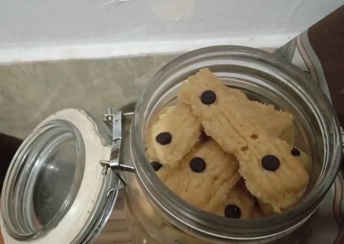 Resep: Butter cookies / kue semprit