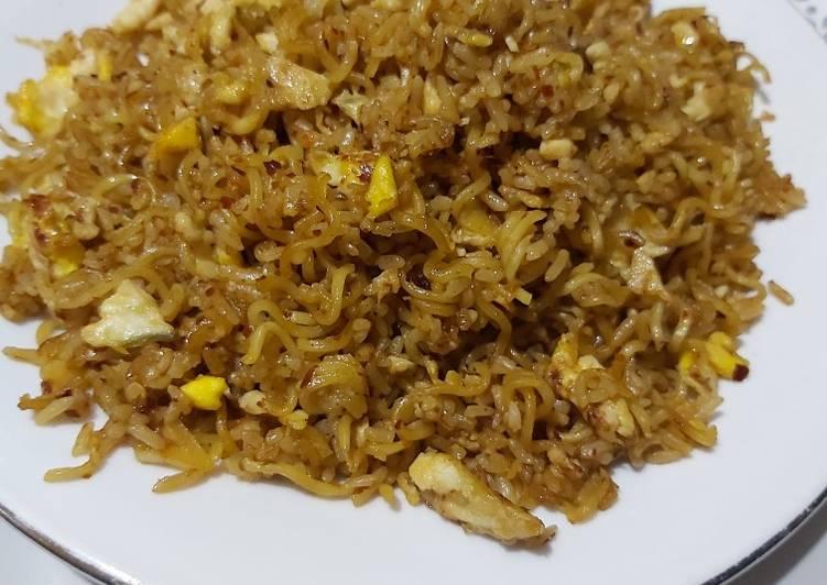 Cara memasak Nasi goreng mawut☺️ yang menggugah selera