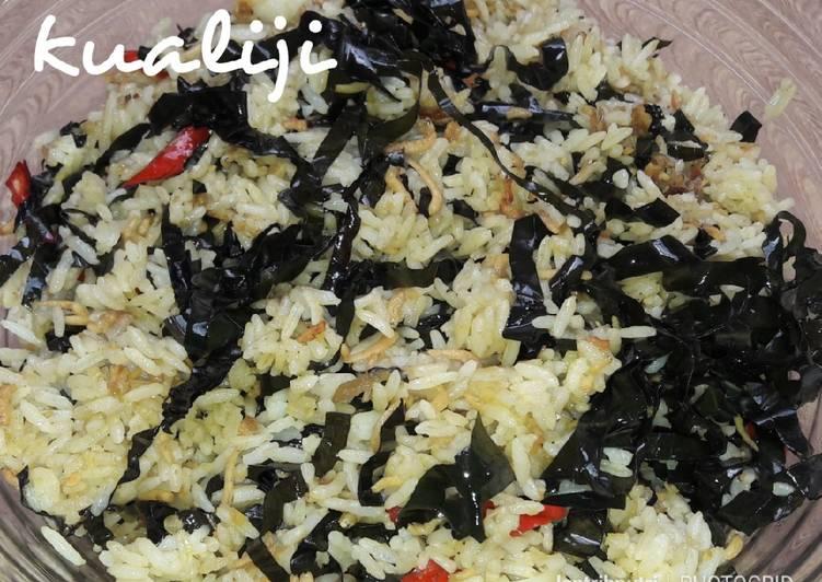 Nasi Goreng Daun Mengkudu