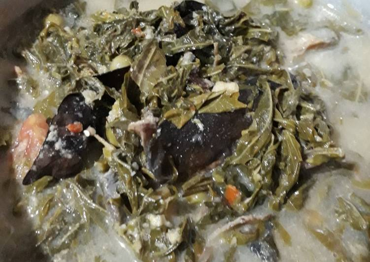 Resep: Gulai daun singkong ikan sale😁 sedap