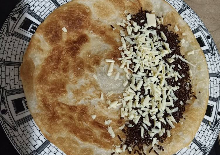 Roti Canai Topping Coklat Keju