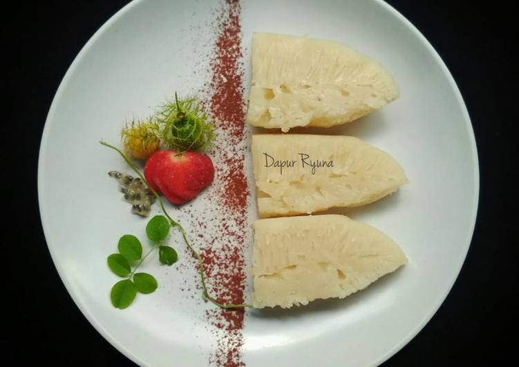 Apem Putih / Pak Thong Koh / Steamed White Sugar Cake