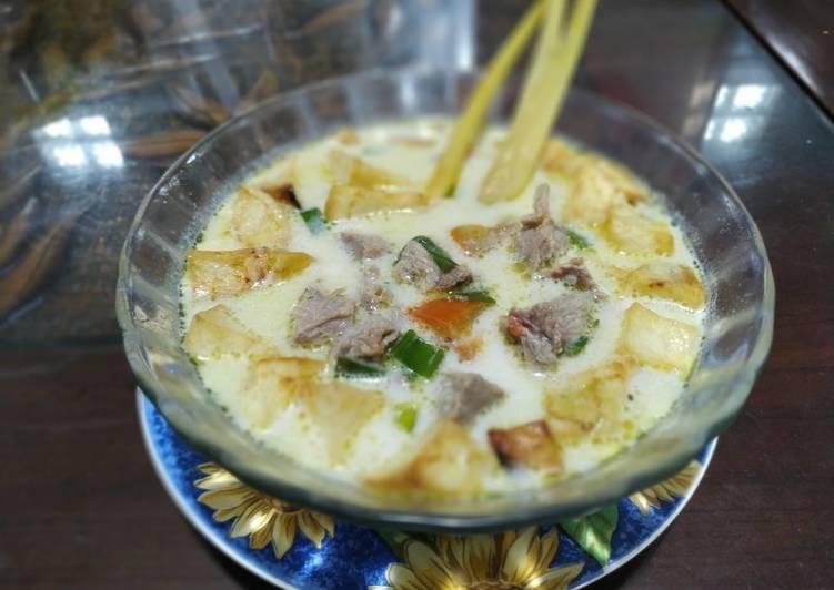 Resep mengolah Soto betawi kuah susu lezat