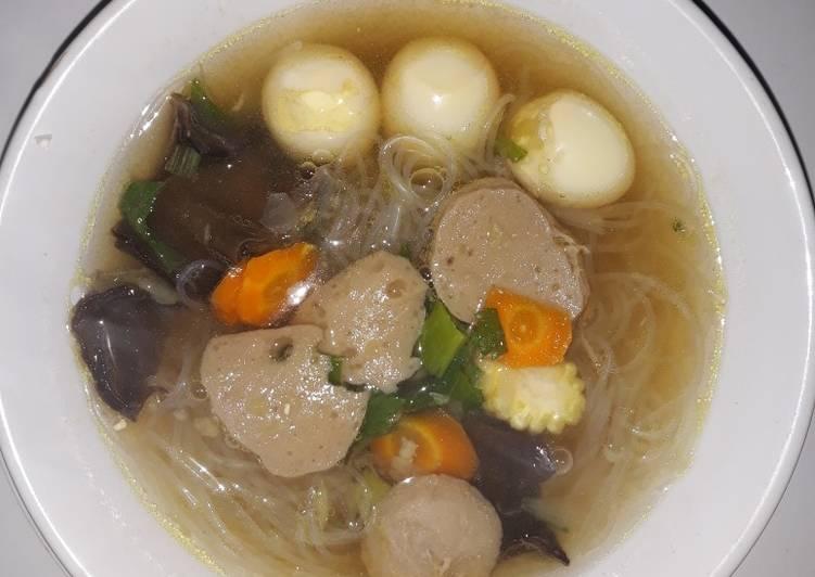 Resep: Sup kimbak (sup kimlo bakso) istimewa
