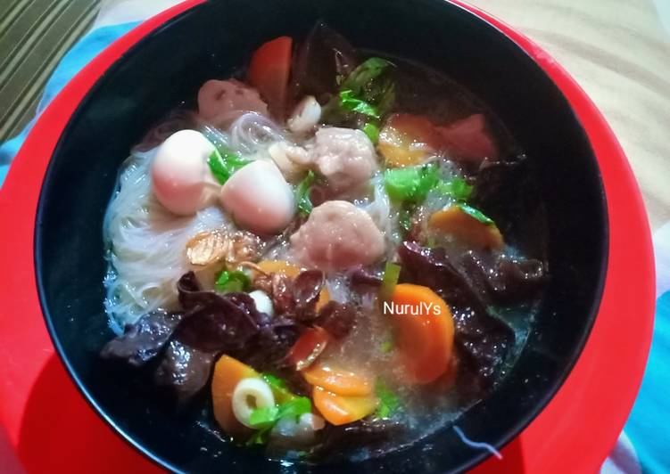 Cara membuat Sup Kimlo yang menggugah selera