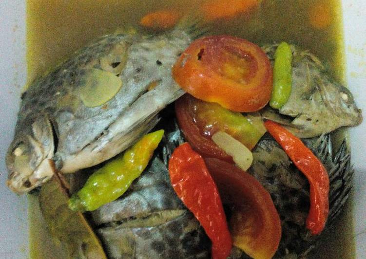 Cara mengolah Pindang serani ikan keper, gurih n segar yang bikin ketagihan