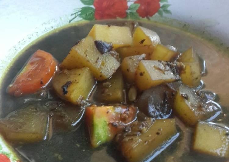 Rawon labu air dan kentang