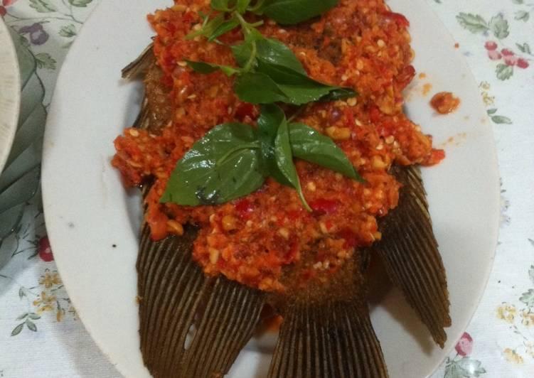 Resep: Pecak Ikan Gurame ala resto
