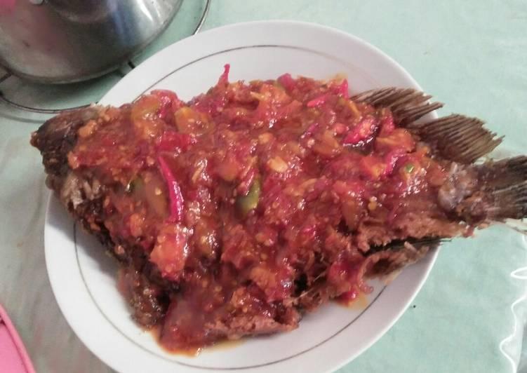 Resep membuat Pecak gurami seadanya enak