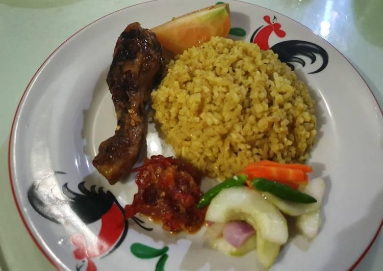 Cara membuat Nasi kebuli Ayam ala Tin enak