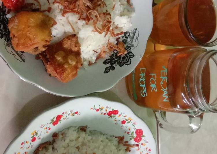 Resep: Resep nasi uduk rice cooker kecil ala bunda neya lezat