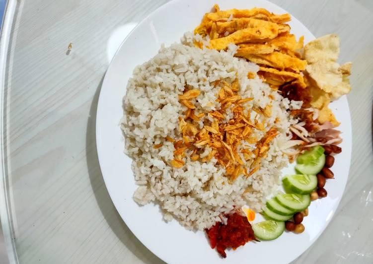 Resep mengolah Nasi uduk enak gurih istimewa