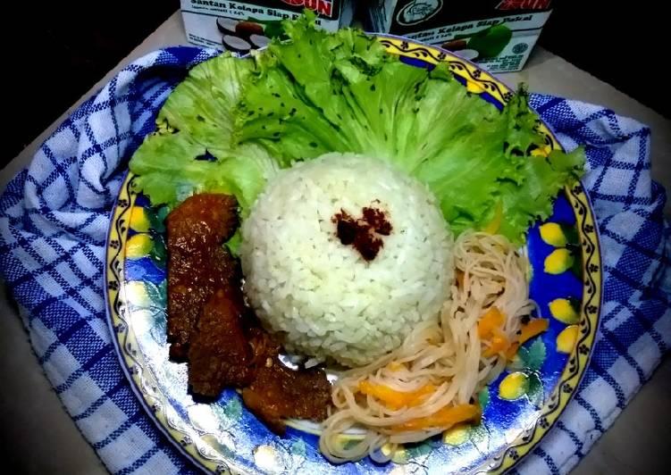 Resep memasak Nasi uduk hijau yang menggugah selera