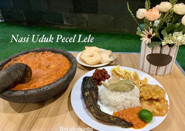 Nasi Uduk Pecel Lele (Rice Cooker)