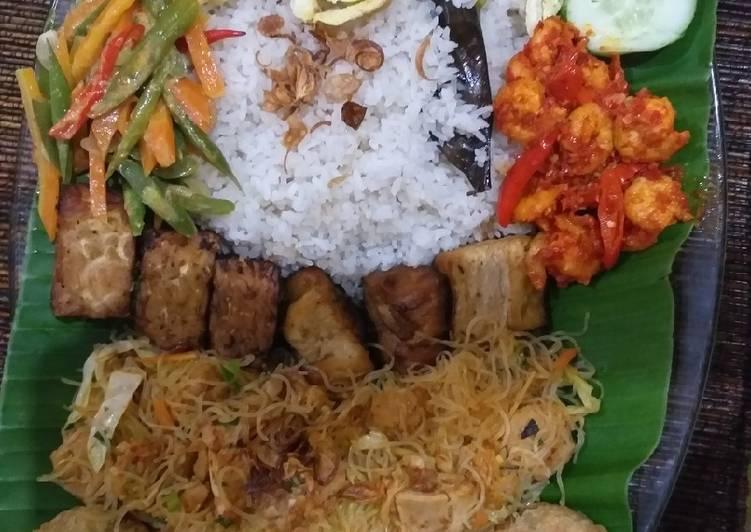Resep membuat Nasi Uduk Rice Cooker yang bikin ketagihan