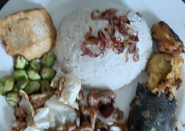 Resep memasak Nasi uduk ricecooker yang bikin ketagihan