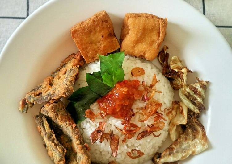 Cara memasak Nasi Uduk Rice Cooker yang menggugah selera
