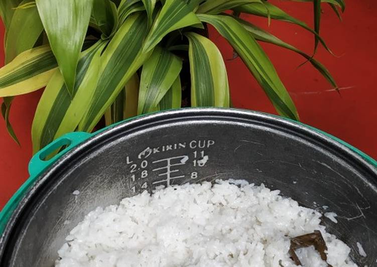 Resep: Nasi uduk praktis istimewa