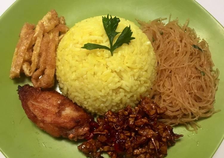 Resep: Nasi uduk tempe oreg crispy (menu sarapan mudah)