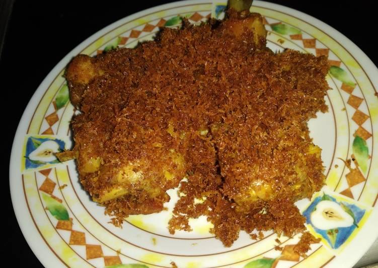 Resep: Ayam serundeng ala resto