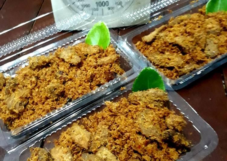 Resep mengolah Srundeng daging sapi kedai QueenTa sedap
