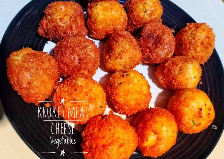 79. Kroket Meat Cheese Vegetables
