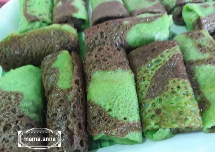 Resep memasak Kue Dadar Rainbow ?? isi unti kelapa enak