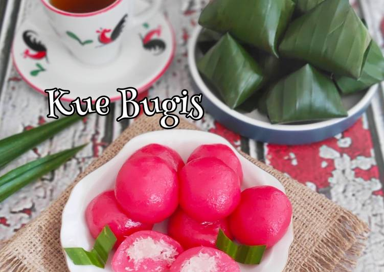 Resep: Kue Bugis tepung ketan putih rasa strawberry yang bikin ketagihan