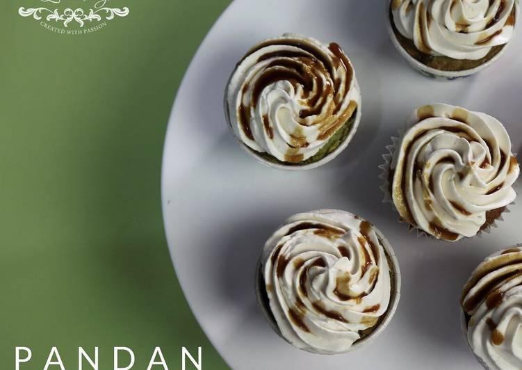 Pandan Cup Cake