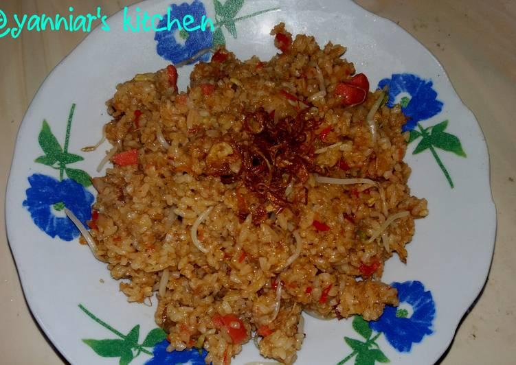 Cara membuat Nasi goreng pedas gila enak